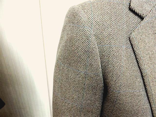 ジャケット袖のしわ補整①kai